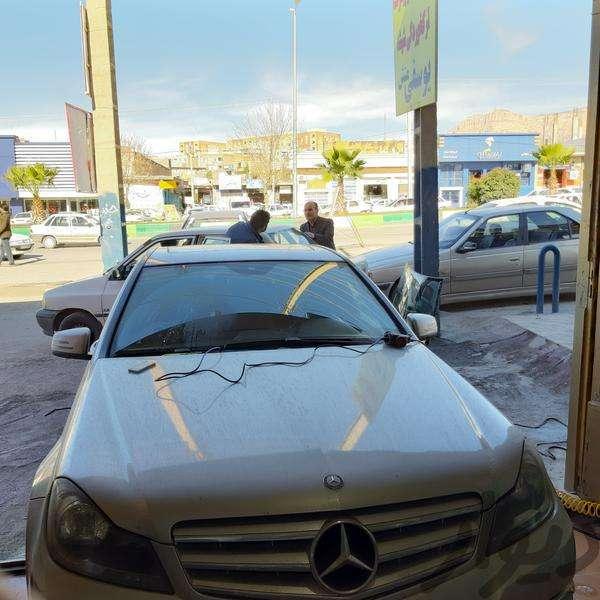 نصب شیشه اتومبیل با دستگاه یوسفیمنش