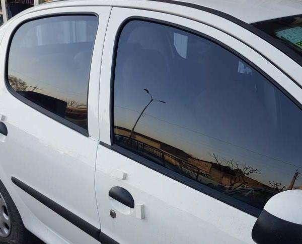 شیشه دودی UV400اتومبیل